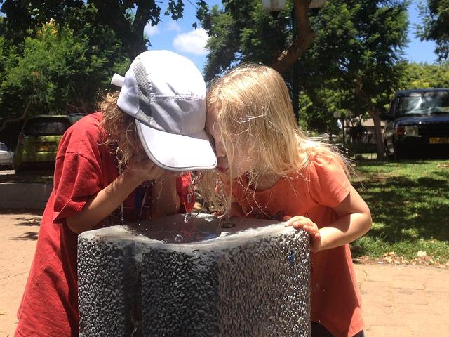 dívky a voda